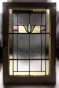 Fabulous Antique American Stained Glass Window, Art Deco The window measures… Antique Stained Glass Windows, Stained Glass Flowers, Faux Stained Glass, Stained Glass Designs, Stained Glass Panels, Stained Glass Projects, Stained Glass Patterns, Leaded Glass, Mosaic Glass