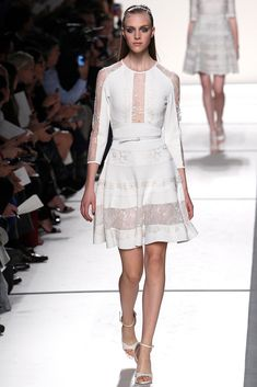 Elie Saab Paris Fashion Week.  #white #short #drees