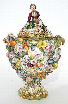 An early 19th century Minton 'Dresden Scroll' porcelain vase