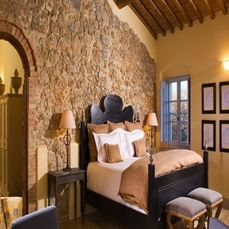 Beautiful Rock Wall Bedroom
