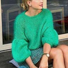 Вязание на заказ. Handmade Cardigans Beautiful of high quality Shipping worldwide Write us to order at Viber/WhatsApp/Messenger +380977807514 #вязаниеназаказ#мохер #свитеризмохера#knitwear #handmade#ручнаяработа #вязаноепальто#кардиганы #оверсайз #кардиганручнойвязки #рубансвитер #lalocardigans#lalo#kniting #тёплыйсвитер#вязаныйсвитер #зимнийсвитер#knittingfashion #вязаныйкардиган#свитеррубан #sweater#clothes #fashion #cardigan#cardiganlalo #мохеровыйсвитер#handknitted #зелёныйсвит...