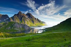 Lofoten , county of Nordland, Norway Norge Lofoten, Places To Travel, Places To See, Beautiful World, Beautiful Places, Beautiful Norway, Beautiful Scenery, Areas Protegidas, Hd Nature Wallpapers