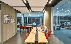 Nowoczesna firma: biznes, praca, IT - Biuro-kreacja