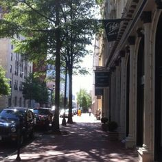 Gorgeous city streets in Richmond, VA