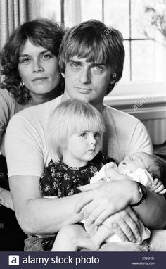 mike oldfield young - Hledat Googlem