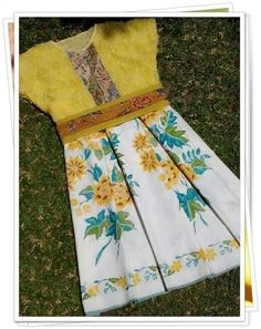 Idea for Kaka dress Blouse Batik, Batik Dress, Simple Dresses, Beautiful Dresses, Dresses For Work, Summer Pants Outfits, Cute Outfits, Dress Brukat, Batik Kebaya