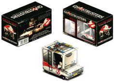 Boxzet : Ghostbusters Paper Toy Boxed Paper Toy designed by Byman Studio. Art Pulp Fiction, Minecraft Mini Figures, Ghostbusters Party, Diy And Crafts, Crafts For Kids, Kit Diy, Christmas Planning, Ghost Busters, Printable Paper