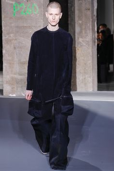See the complete Rick Owens Fall 2016 Menswear collection.