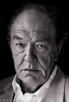 Every part I play is just a variant of my own personality. No real character actor, of course, just me - Michael Gambon Uk Actors, British Actors, Actors & Actresses, Richard Harris Dumbledore, Michael Gambon, Love Movie, Movie Tv, Portraits, Beautiful Lips
