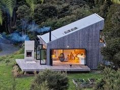 Back Country House by LTD Architectural « Inhabitat – Green Design, Innovation, Architecture, Green Building Accordion Glass Doors, Open House, Tiny House, House 2, Casas Containers, Shed Roof, Cabins In The Woods, Home Fashion, Fashion Goth