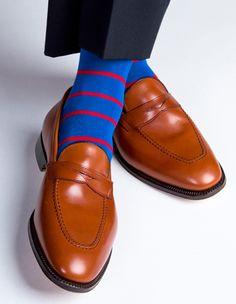 Dress socks by Dapper Classics Fashion Socks, Mens Fashion, Style Fashion, Sock Shoes, Shoe Boots, Shoes Photo, Stocking Tights, Dapper Men, Messenger Bag Men