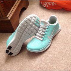 Tiffany Blue Nike Free 2013 Shoes i want this sooo bad!