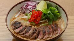 A delicious and filling main from Japan with a meat broth, special noodles and toppings of your choice Ramen Recipes, Asian Recipes, Cooking Recipes, Healthy Recipes, Recipies, Wagamama Recipe, Ramen Ingredients, Chili, Clean Eating