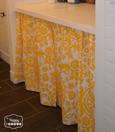 No-Sew Curtain for the laundry room at thehappyhousie. I like the idea of having a place to stash things under the folding counter that you want to be able to grab easily. Diy Bathroom, Home Curtains, Diy Curtains, Diy Storage, No Sew Curtains, Home Crafts, Room Diy, Home Decor, Room Storage Diy
