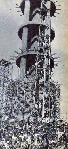 اثناء بناء برج القاهرة