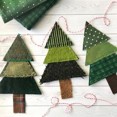 Christmas Tree Banner from Fabric Scraps! Create this beautiful and rustic Christmas tree banner using fabric scraps you already have Fabric Christmas Trees, Christmas Banners, Diy Christmas Tree, Christmas Projects, Handmade Christmas, Holiday Crafts, Christmas Ornaments, Fabric Christmas Decorations, Christmas Boxes