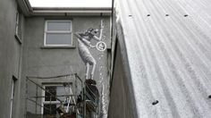 Timelapse de la creación de un mural de Phlegm en Irlanda