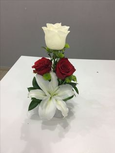 Valentine Flower Arrangements, Tropical Flower Arrangements, Funeral Flower Arrangements, Rose Arrangements, Beautiful Flower Arrangements, Flower Centerpieces, Flower Decorations, Beautiful Flowers, Church Flowers