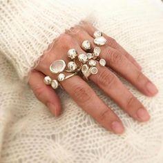 Jewelry: Rings | Monica Castiglioni Jewelry Arrow Jewelry, Feather Jewelry, Charm Jewelry, Jewelry Art, Jewelry Design, Jewelry Rings, Jewellery Box, Silver Jewellery, Jewelry Ideas