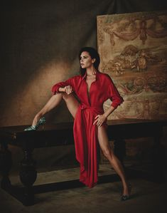 Wearing my #VBSS18 Twist Yoke Midi dress and Dorothy pumps in this month's Vogue España - both are available for exclusive pre-order at my website now x VB #VogueFebrero