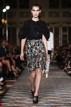 Bella Hadid walks at Dior Cruise Collection 2017 Fashion Show in Blenheim Palace, Oxford