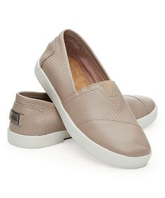 A sneaker TOMS style?! LOVE. Stucco Embossed Avalon Leather Sneaker #zulily #zulilyfinds