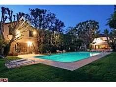 The Hollywood Ghosts of Roxbury Drive: A Pictorial Feature - Cinema Scholars Beverly Hills 90210, Celebrity Houses, Bel Air, The Neighbourhood, Spanish, Real Estate, Hollywood, Architecture, Classic