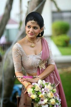 Brides imagine finding the most appropriate wedding day, however for this they need the perfect wedding outfit, with the bridesmaid's dresses enhancing the brides dress. Here are a few ideas on wedding dresses. Bridesmaid Saree, Blue Bridesmaid Dresses, Brides And Bridesmaids, Wedding Dresses, Bridesmaid Colours, Saree Wedding, Wedding Bride, Purple Wedding, Wedding Ceremony