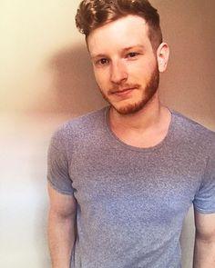 Wildboi TomCii (@wildboy_tomcii) • Instagram-Fotos und -Videos Men Sweater, Videos, Sweaters, Instagram, Fashion, Moda, Fashion Styles, Men's Knits, Sweater