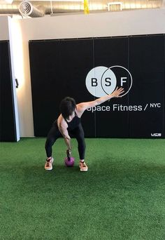 Kettlebell Exercises: Staggered-Stance Clean with Squat and Press