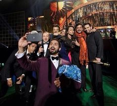 Kevin spacey's lungi annnnd Kevin spacey in one pic .... What an awesome moment @FarOutAkhtar @Sonakshi Sinha