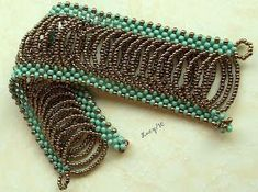 Beautiful and original pattern for a beaded bracelet. (There are a # of REALLY nice bracelets featured. Beads Jewelry, Seed Bead Bracelets, Jewelry Crafts, Jewelery, Jewelry Bracelets, Handmade Jewelry, Seed Beads, Beaded Bracelet Patterns, Jewelry Patterns