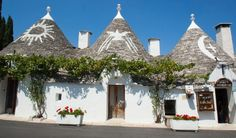 Alberobello is most famous for its trulli high concentration, the unique conical houses found in the countryside of central Apulia. This area has been declared UNESCO World Heritage. Alberobello's south eastern quarter is lined with over 400 trulli.