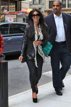 Kim Kardashian - Kim and Kourtney Kardashian in NYC