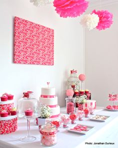 Pink & Pretty Sweet Table ♥