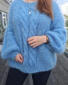 Another super soft and cozy mohair poppygenseren tonegenseren sweater