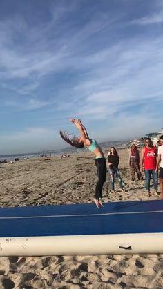 Gymnastics Stunts, Flips Gymnastics, Cheerleading Workouts, Gymnastics Tricks, Tumbling Gymnastics, Gymnastics Flexibility, Gymnastics Skills, Amazing Gymnastics, Acrobatic Gymnastics