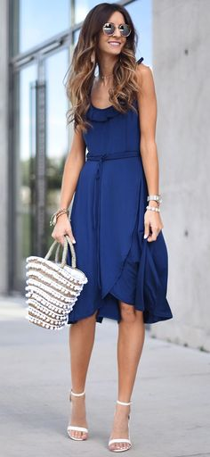 summer outfits This Gorgeous Navy Dress Is So Soft And Slinky! I Love Navy As An Alternative To The Classic LBD! The Color Is Flattering On So Many!! Plus It's Under $70!! // Shop This Outfit In The Link
