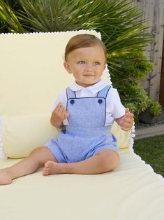 Blue chambray linen dungarees trimmed with navy piping, with adjustable straps and elasticated waist for comfort and the perfect fit. Vintage Baby Boys, Vintage Baby Clothes, Baby Kids Clothes, Baby Boy Dress, Baby Boy Outfits, Kids Outfits, Summer Outfits, Baby Boy Fashion, Kids Fashion