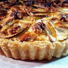 Quiche met brie, ham, appel en walnoten