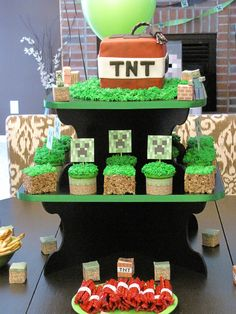 Minecraft Birthday Party. Lots of great ideas here with link to Instructables site for printable characters.