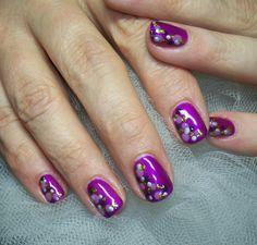 The Great Googly Moogly Dotmania w/ Tammy @ Cinfully Pretty Nails