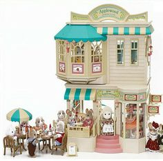 Sylvanian Families Applewood Department Store/Cafe