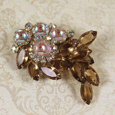 Vintage Mid Century Julianna Topaz and Iridescent Pearly Art Glass Rhinestone Brooch