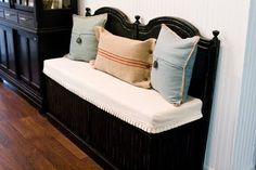 another headboard bench, but this one looks like it has storage. Comes with tutorial. 25 Upcycled Furniture Ideas - The Cottage Market Furniture Projects, Furniture Makeover, Home Projects, Home Furniture, Furniture Design, Old Headboard, Headboard Benches, Antique Headboard, Black Headboard
