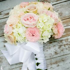 Inspiration for bridesmaid bouquets