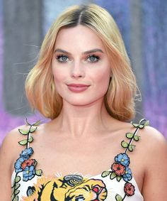 Margot Robbie Was Born to Play a Queen