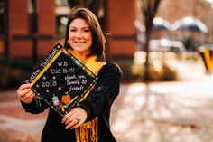 College Senior Portrait Shoot at VCU - Monroe Park Campus in Richmond, VA.  Becoming a teacher!  Check out her cute decorated grad cap!