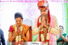 Sugar Land Indian wedding photography at Marriott Townsqaure
