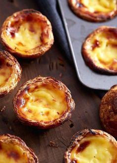 This is the authentic Portuguese Custard Tarts recipe, used by a bakery in Lisbon. Use the 6 tips provided in the recipe to make a perfectly crisp and nicely browned custard tart without hassle. Portugese Custard Tarts, Portuguese Custard Tart Recipe, Portuguese Egg Tart, Portuguese Desserts, Portuguese Recipes, Mini Custard Tarts Recipe, Tart Recipes, Sweet Recipes, Dessert Recipes
